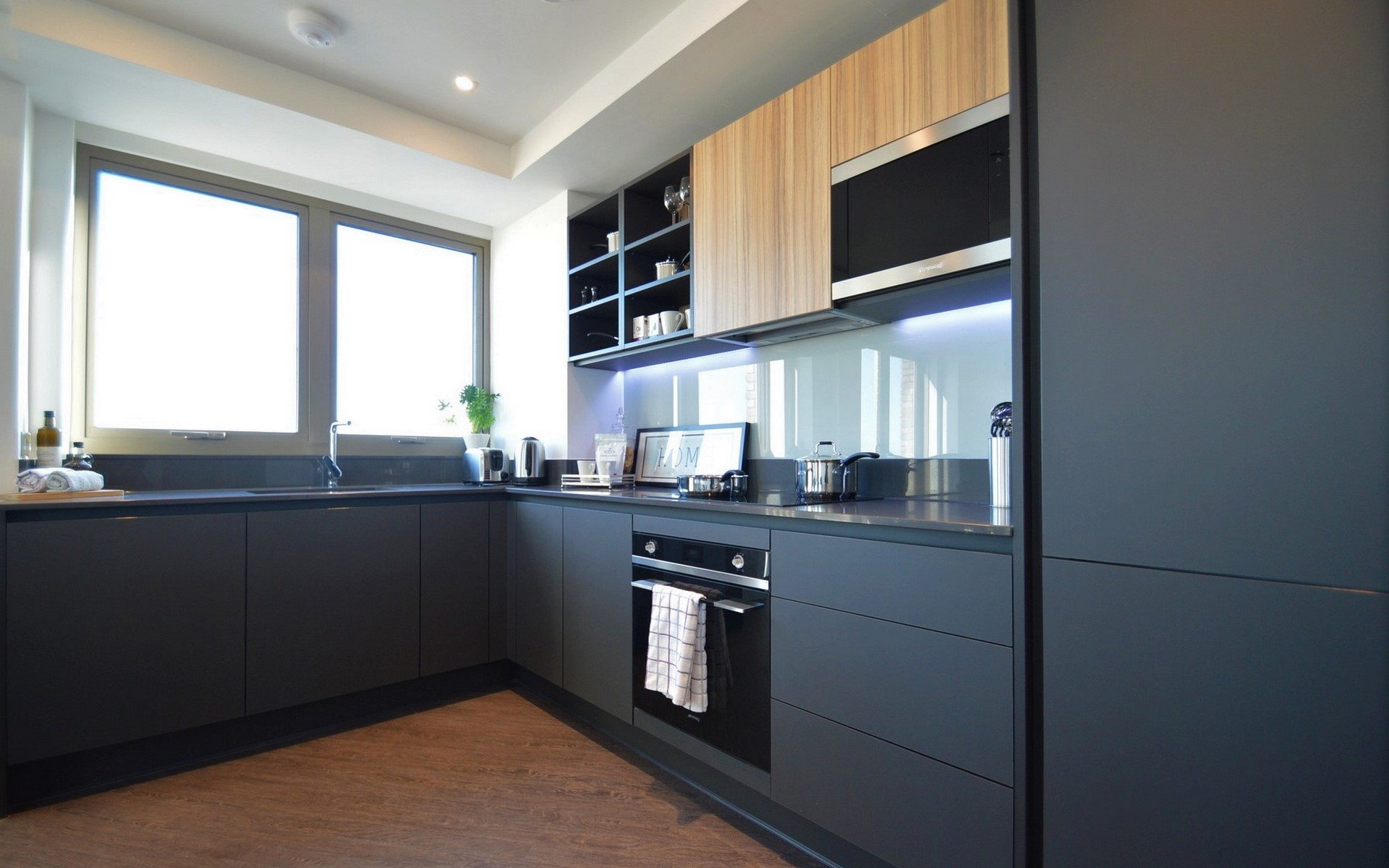 Example of a Kitchen at Mount Anvil's Royal Docks West
