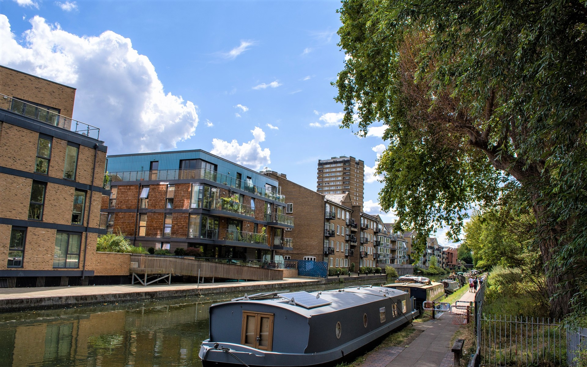 Empire Wharf pictured from Hertford Union Canal