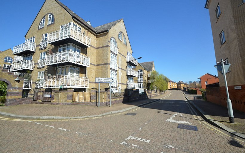 Hithe Point main entrance from Eleanor Close SE16