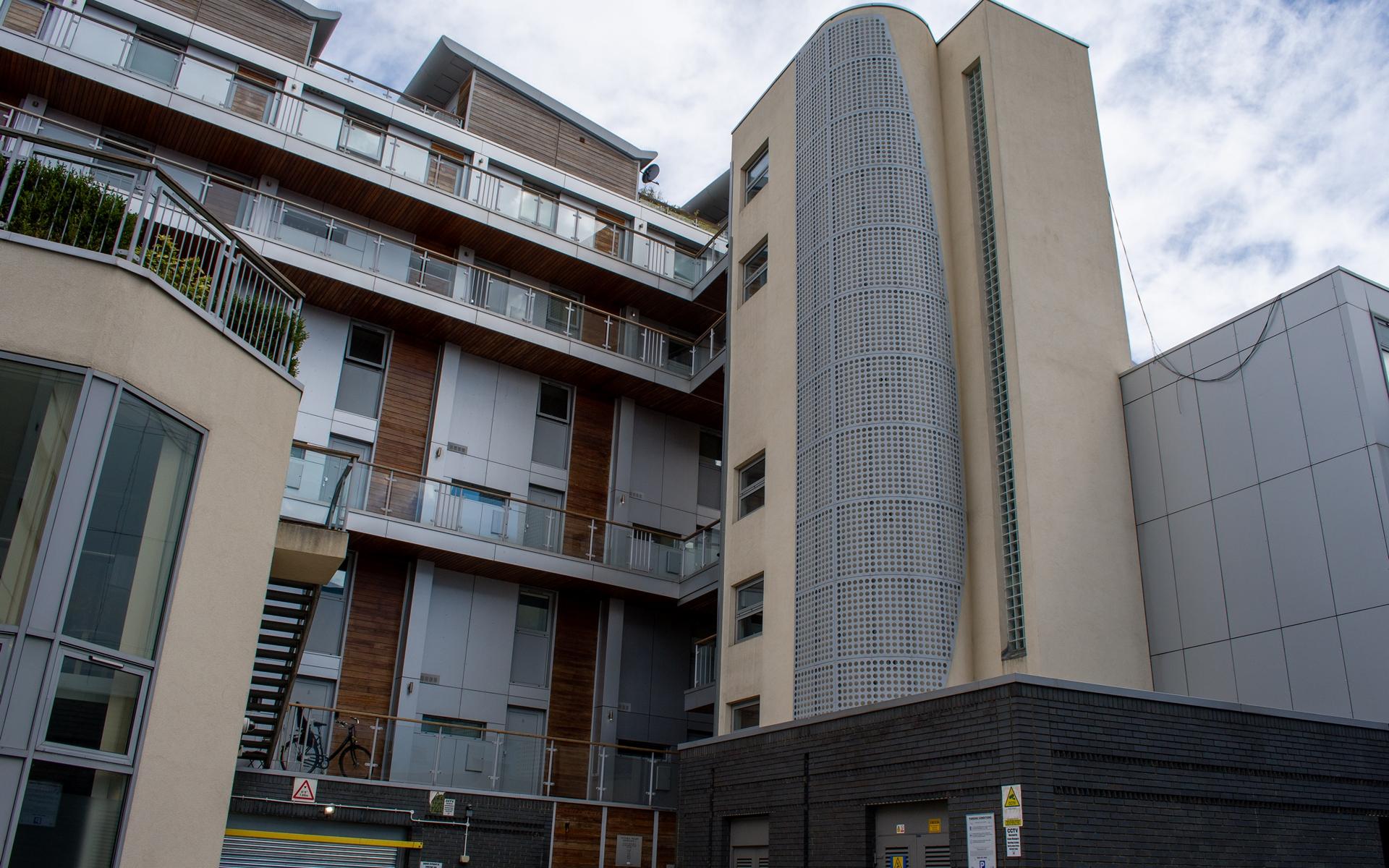 External image of Victoria Wharf E2